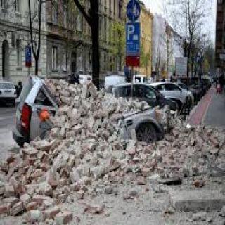 زلزال بلغت شدته 7.4 درجة يضرب ساحل جنوب المكسيك