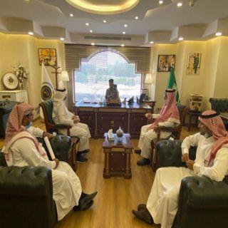 سجون #مكة تستضيف المشرف العام على مجمع ارادة والصحة النفسية بـ #جدة