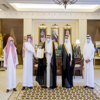 سمو أمير القصيم يُشيد بجهود إدارة شؤون المخدرات والمؤثرات العقلية بالإمارة