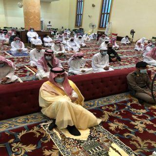 رئيس مركز خاط يتقدم المصلين في صلاة عيد الأضحى المبارك بمحافظة المجاردة