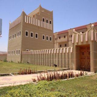 إقبال كبير من محبي التراث والثقافة لفعالية القصر التراثي بظهران الجنوب