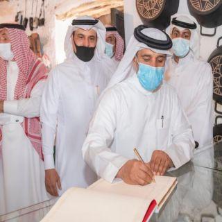 وكيل إمارة #الباحة يزور متحف الشاب محمد الغامدي