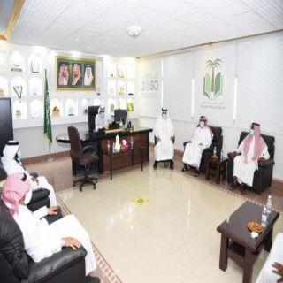 مدير #تعليم_مكة يطلع ميدانياً على استعدادات مدارس الكامل للعام الدراسي 1441- 1442هـ