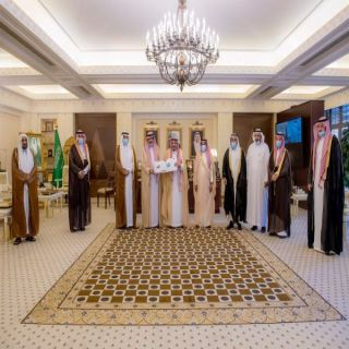أمير القصيم يلتقي رئيس وأعضاء لجنة أهالي محافظة البكيرية لعرض مبادرة مدينة الطاقة النظيفة