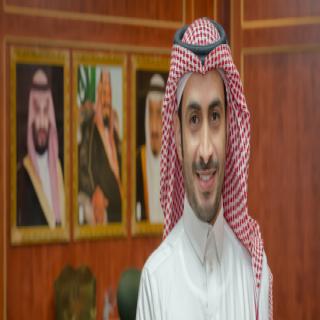 الدكتور الأحمري  مستشارًا لرئيس جامعة الملك خالد ومشرفًا على وحدة التصميم ومنصة KKUx