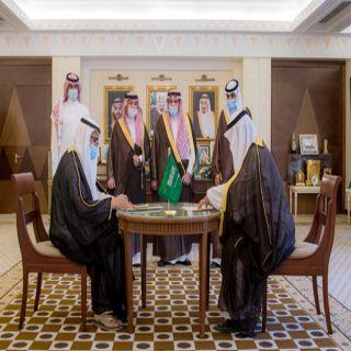 سمو أمير القصيم يشهد توقيع عقد رعاية استراتيجية بتأسيس فريق مشاة عنيزة