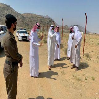 البناوي يقف على الأراضي الحكومية في #بارق ويوجه بإزالة الأحداثات