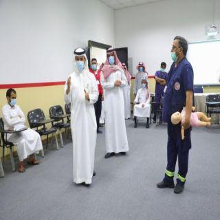 رئيس الهلال الأحمر السعودي يدشن كتاب المسعف الكفيف بلغة برايل