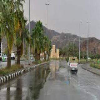 الدفاع المدني يُحذر من حالة مطرية على منطقة الباحة