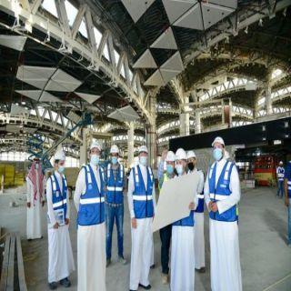 وزير النقل يتفقد مطار الملك خالد الدولي للتأكد من الخطة التشغيلية للمشاريع