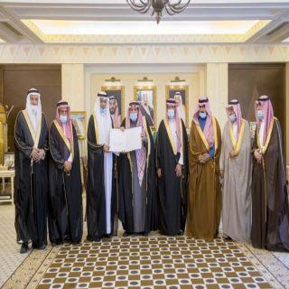 سمو أمير القصيم يتسلم تقرير أعمال ومنجزات المجلس البلدي بالمنطقة