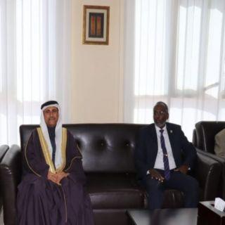 العسومي: زيارتنا إلى جيبوتي تأتي في إطار تفعيل دور الدبلوماسية البرلمانية العربية دعما للعمل العربي المشترك
