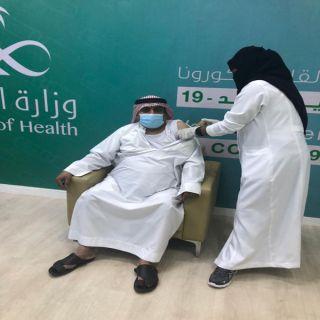 رئيس مركز ثلوث المنظر يتلقى الجرعة الأولى للقاح #كورونا