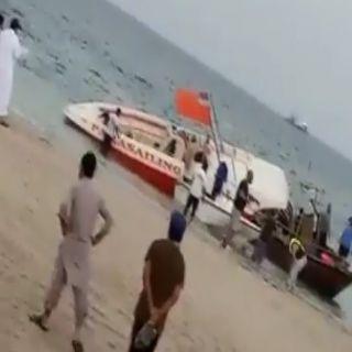 متحدث #حرس_الحدود:وقوع حادث تصادم بحري بين قاربين للنزهة، مقابل شاطئ الفناتير