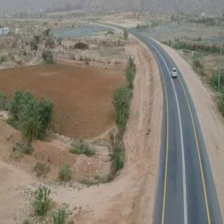 في #بارق مُطالبات بأستكمال مشروع إنارة طريق #تنومة ثلوث المنظر