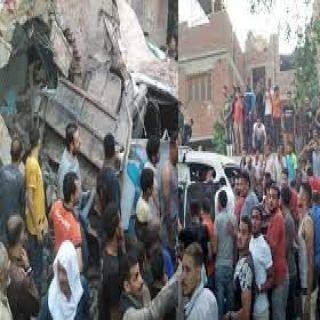 أنباء عن قتلى وجرحى في حادث اصطدام قطار بسيارتين في مصر