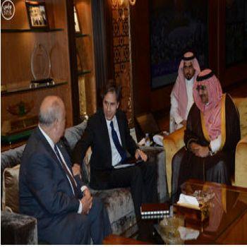 البيت الأبيض يتعهد بدعم عاصفة الحزم ضد ميلشيات الحوثيين
