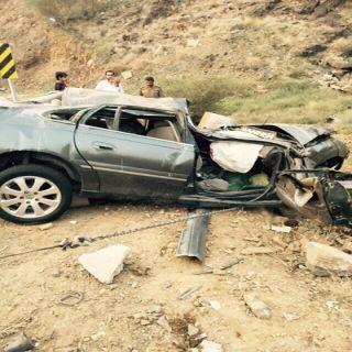 حادث طريق بني عاصم - وادي ممنا بالباحة يُخلف وفاة وإصابتين