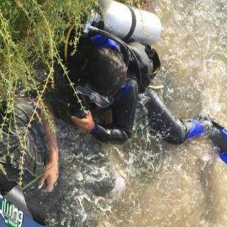 """بالصور -مدني #الباحة ينتشل جثة شاب عشريني #غرق بوادي """"عليب"""""""