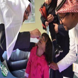 """الدكتور""""الجاسر"""" يُدشن الجرعة الأولى للحملة الوطنية لتطعيم مرضى شلل الأطفال بـ#عسير"""