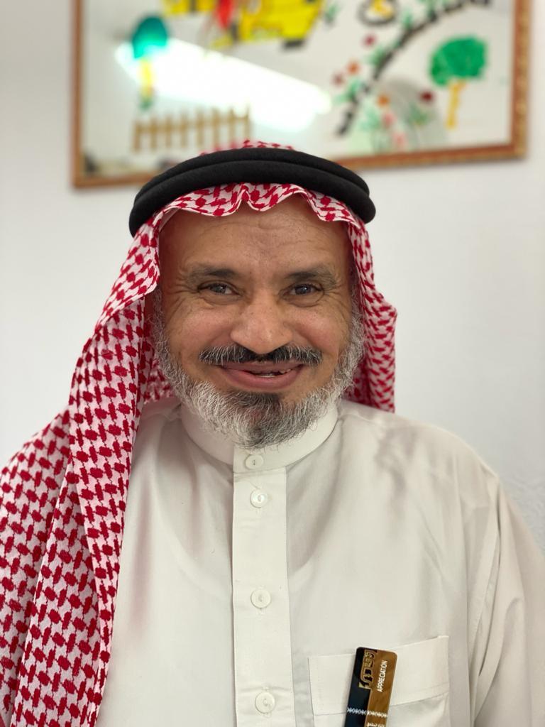 الموظف عبدالباري الحسين الحفظي