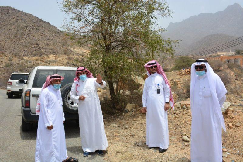 رئيس البلدية في زيارة ميدانية لمركز عبس